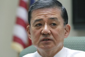 2014-05-06T213029Z_01_WAS101_RTRIDSP_3_USA-VETERANS-SHINSEKI